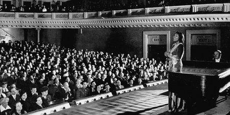 Bravo! Carnegie Hall Goes Digital