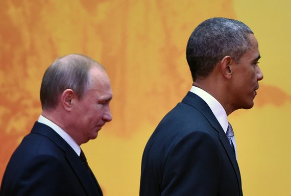 US President Barack Obama with Russian President Vladimir Putin at the 2014 APEC summit in China