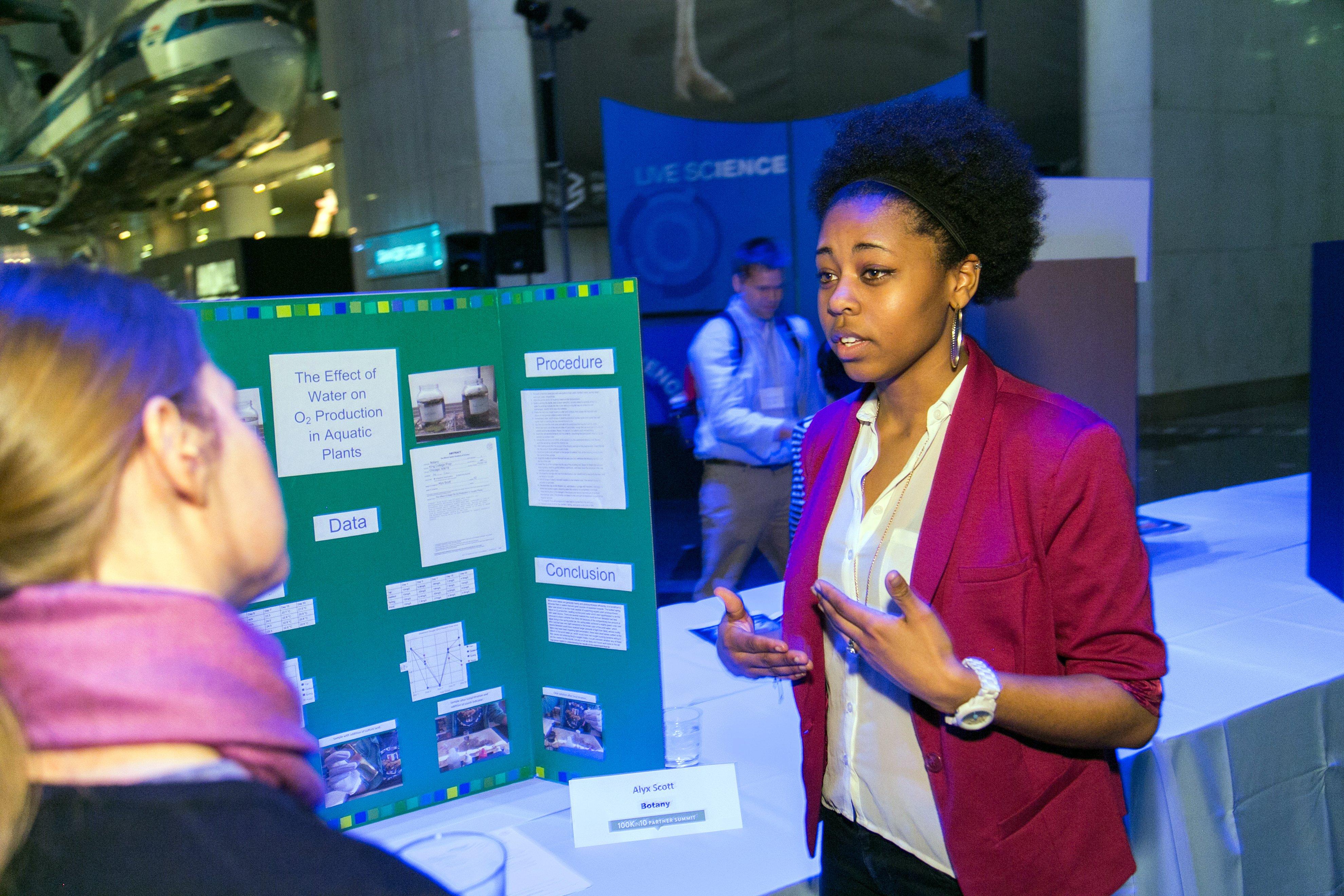 100kin10 Summit Science Fair Student