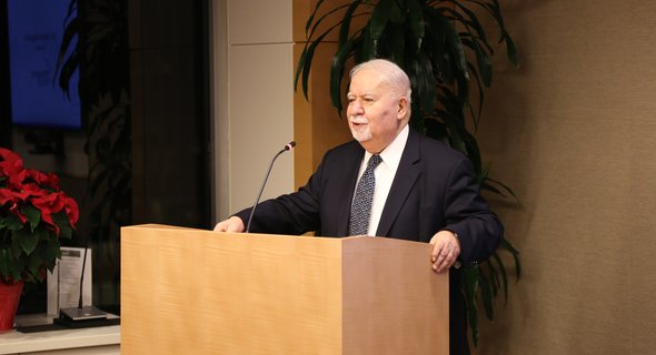 Carnegie Corporation president Vartan Gregorian speaking at the reception honoring the 2016 I Love My Librarian award winners. (Photo: Celeste Ford)